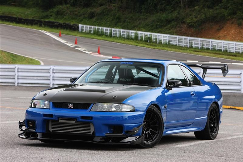 nissan skyline gt r r33 auto select dream vehicles pinterest nissan skyline r33 skyline. Black Bedroom Furniture Sets. Home Design Ideas